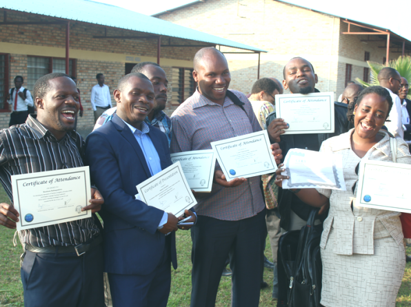 Teachers celebrates their attendance certificates to the ATER 2017 annual conference